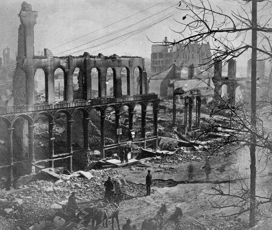 El gran incendio de Chicago de 1871.