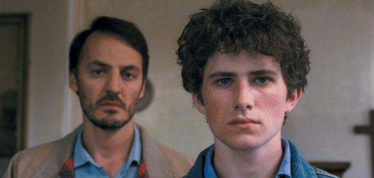 Fabrizio Rongione (Joseph) y Victor Ezenfis (Vincent) en Le fils de Joseph.