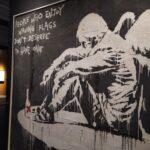 Banksy vs Banksy. Anonimato, instituciones y arte social: la complejidad del sistema artístico actual.