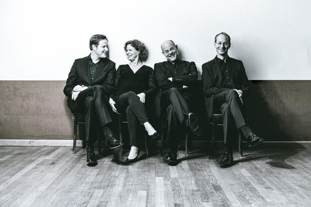 Fotografía del Cuarteto Mandelring que interpreta la integral de cuartetos de Shostakóvich en Círculo de Cámara. Foto de Guido Werner.