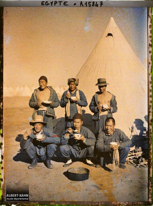 Egypte, Port-Saïd, Les Chinois au camp : La soupe