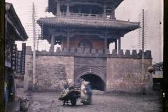Chine, Moukden, Une porte intérieure