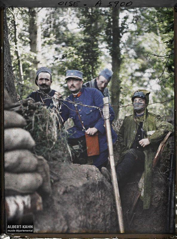 France, Conchy-les-Pots, Poste d'observation d'artillerie-aux tranchées de 1ère ligne, à droite le cape Pradier