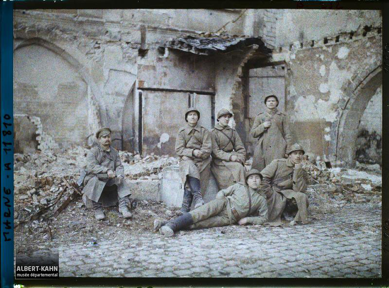 France, Reims, Groupe de Russes