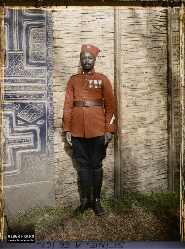 France, Exposition Coloniale, Togo Brigadier de gendarmerie de race Tchikosi