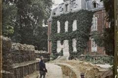 France, Conchy-les-Pots, Les Château des loges à 80 m des lignes allemandes & servant aux 2 à tour de rôle (d'où vient sa conservation)
