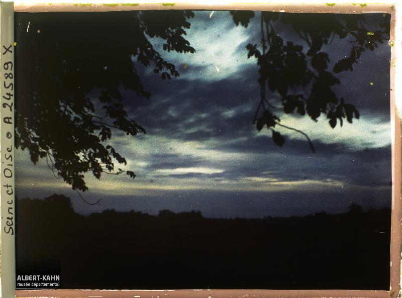 France, St Cloud, Lever de soleil sur Parc de St Cloud