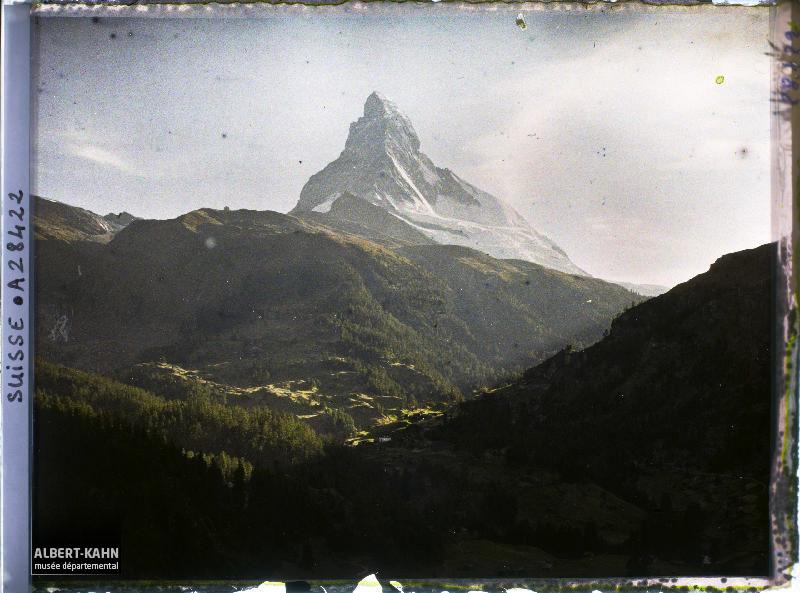 Suisse, Zermatt, Coucher de Soleil sur le Cervin et la Vallée