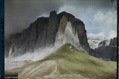 Tyrol, Wolkenstein, Col de la Sella, Effet de lumière sur les parois du groupe de la Sella
