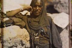 Egypte, près d'Assouan, Nubienne au camp des Bécharins près d'Assouan