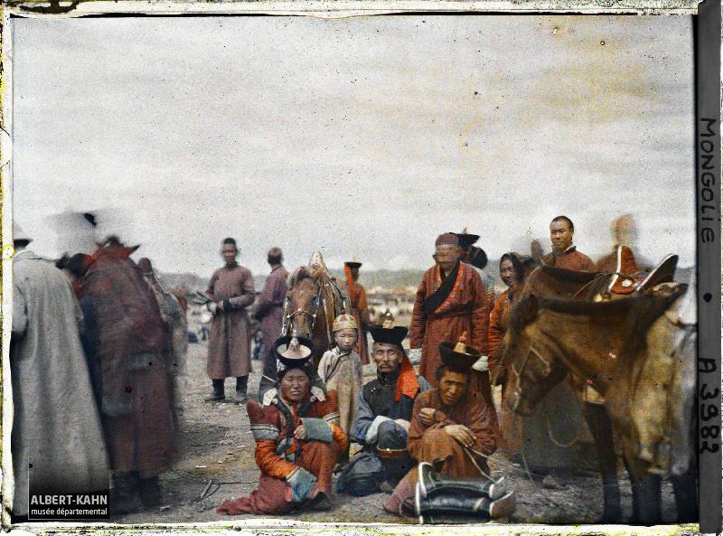 Ourga, Groupe de Mongols