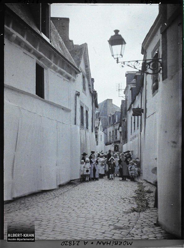 France, Auray, La Procession rue du Belzic