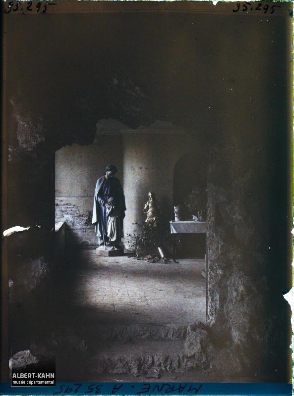 France, Vienne-le-Château, Chapelle aménagée dans une Cave, dans la Maison où siégeait le Gal Alexander