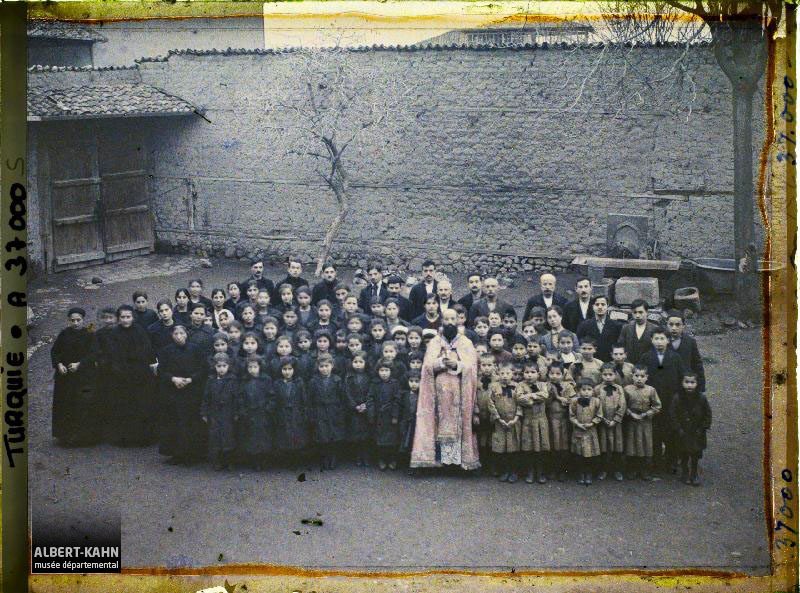 Turquie, Angora, Groupe des Orphelins Arméniens Catholiques