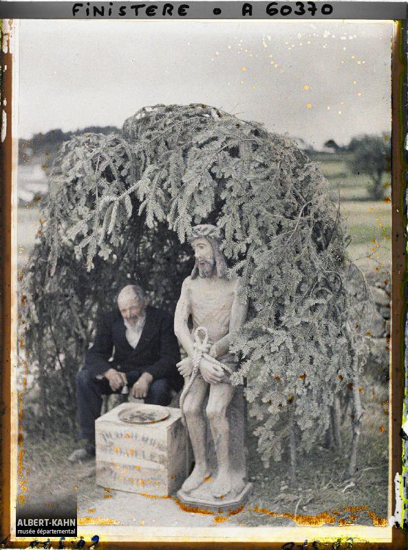 France, Locronan (Bretagne), La Grande Troménie - Reposoir «Ecce Homo»