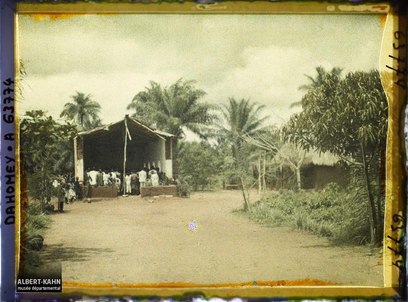 Dahomey, Dangbo, La Chapelle coupée par une tornade