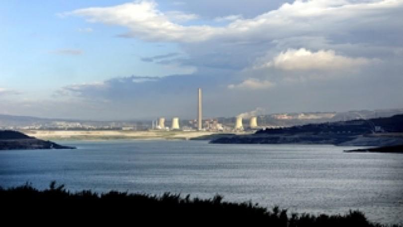 Azul y verde sobre negro | As Pontes: De mina de carbón al mayor lago artificial de España