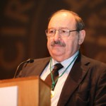Medalla de oro del CBA a Umberto Eco