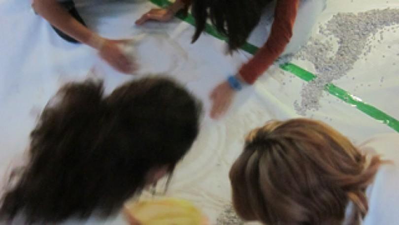 Veraneando con arte | ¿Una cebra en el salón? ¿Qué hacemos con el astronauta? Un juego de rol para la creatividad 9 – 12 años