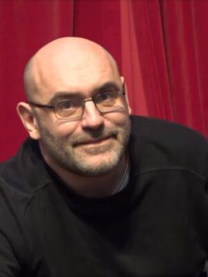 Víctor Lenore