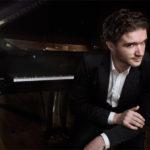 Eduardo Fernández (piano)